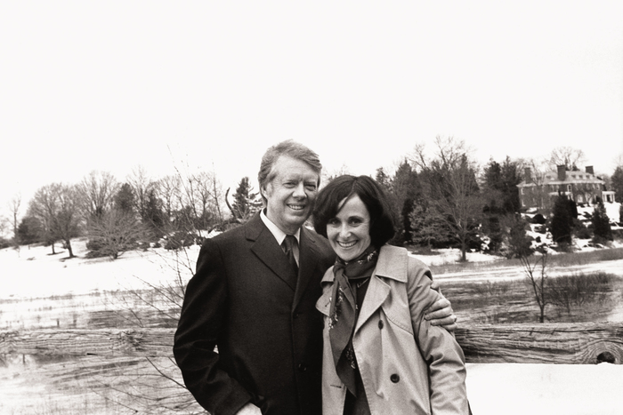 Presidential candidate governor Jimmy Carter and photographer Mikki Ansin